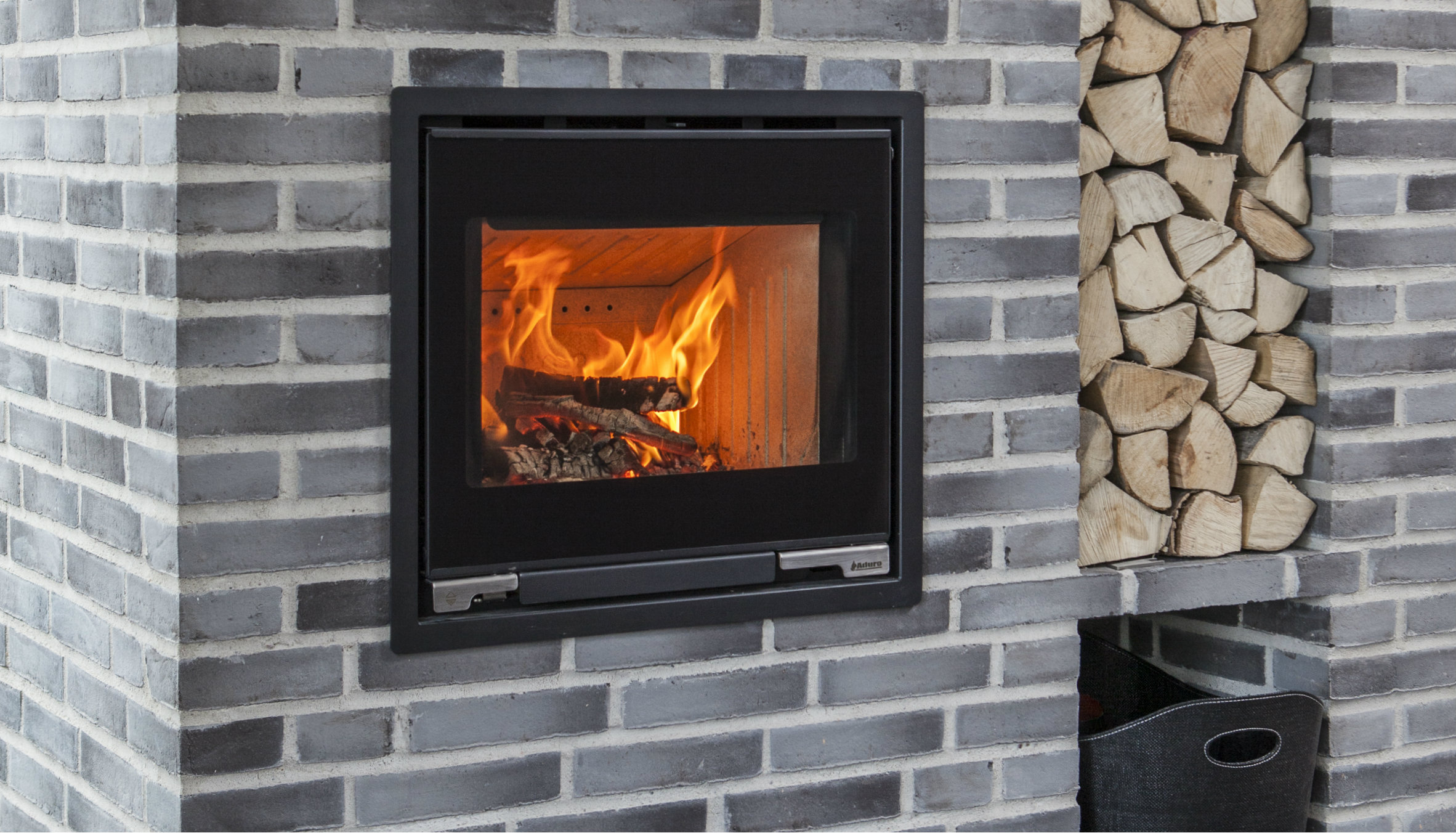 Fireplace Insert From Aduro See Aduro 5 1 Insert For